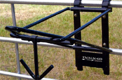 Portable-Folding-Saddle-Rack-250